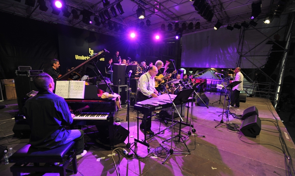 tribunal-mist-jazz-band