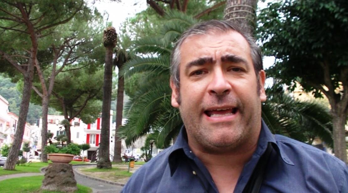Gennaro Savio in piazza Bagni